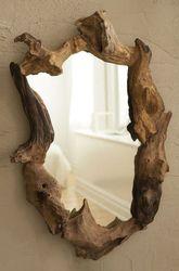 Авторские зеркала вырезанные из среза дерева. Под заказ.
