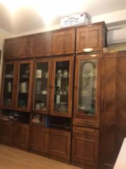 Продам стенку Киев румынский гарнитур со шкафом в хорошем состоянии