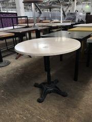 Бу стол круглый на чугунной ножке,   для кафе,  ресторанов