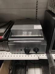 Продам б/у профессиональную однопостовую вафельницу EWT INOX FY5