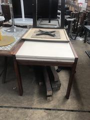 Продам бу светлый раздвижной стол