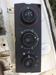 Бу блок управления кондиционером delphi 52416602,  HBS06C21,
