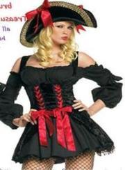 Новогодний костюм очаровательной Пиратки