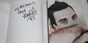Книга с автографом Робби Уилльямса